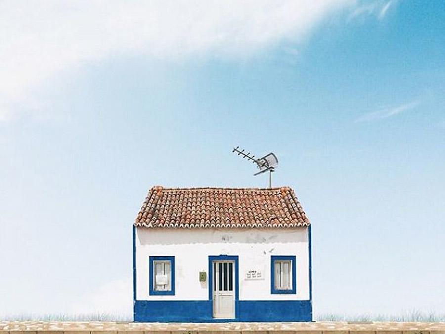 Lonely Houses | Saudades de Portugal