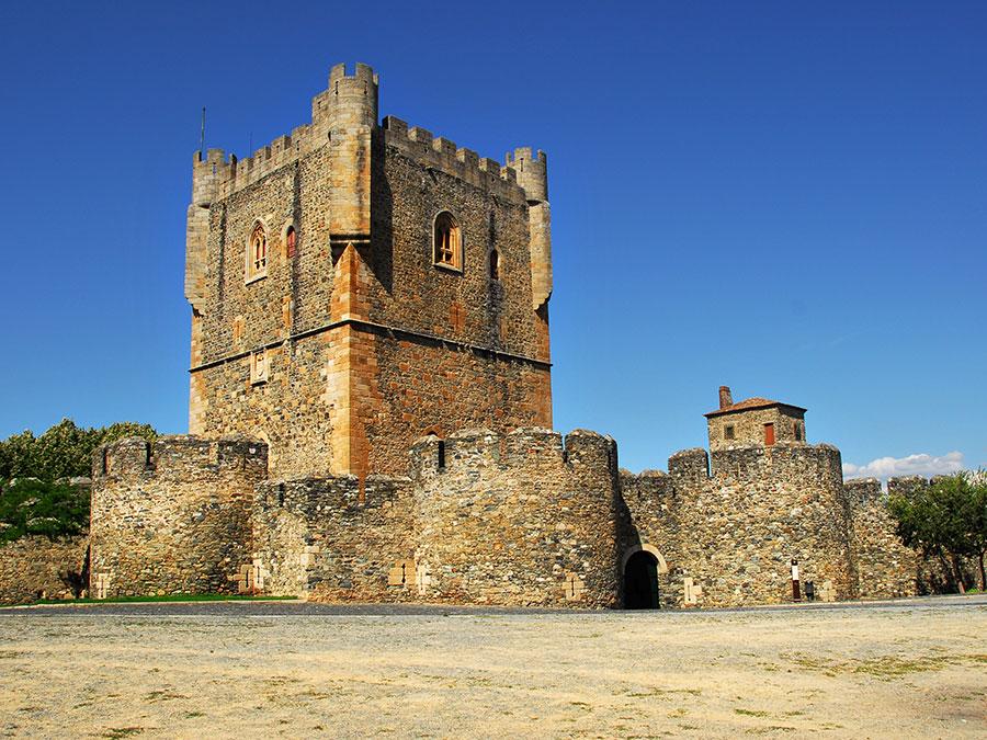 Castelo de Bragança | Saudades de Portugal