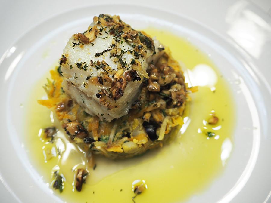 Bacalhau com Crosta de Amêndoa e Ervas | Saudades de Portugal