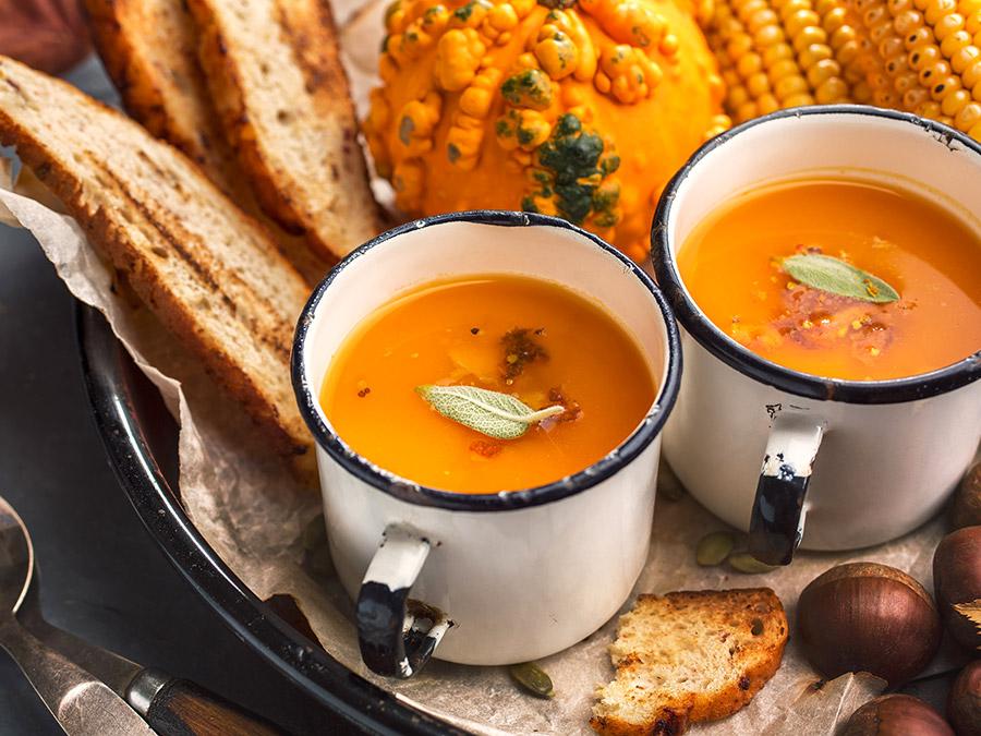 Sopa de Abóbora e Castanhas