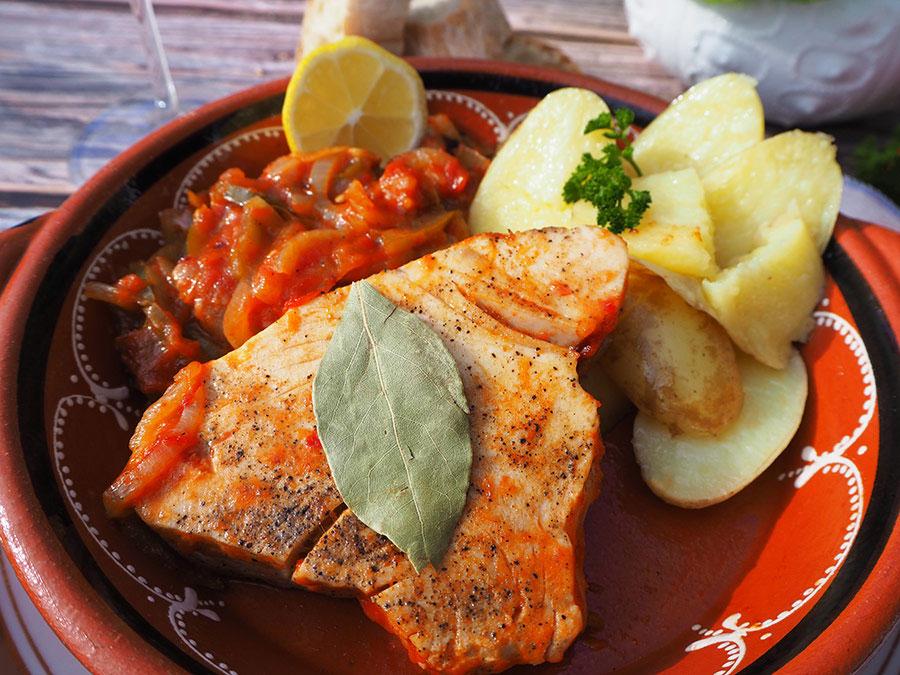 Bifes de Atum à Algarvia